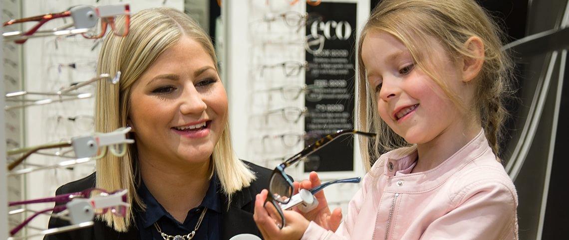 Så vet du att ditt barn behöver glasögon - Synsam 3a32341fa5449