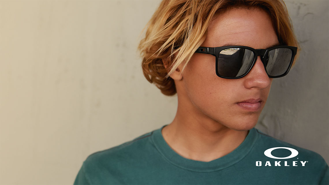 ae1c84d7a2 Oakley - Synsam