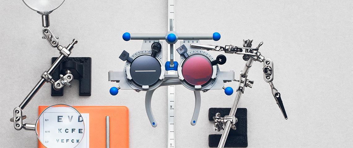 För dina ögons skull bör du regelbundet kolla din syn. På Synsam kan du  lita på att optikern gör en noggrann undersökning av dina ögon när du  behöver ... 202754c6e05bb